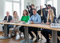 09.03.2018, Landhaus, Innsbruck, AUT, Regierungsbildung in Tirol 2018, Start der Koalitionsgespräche in Tirol zwischen ÖVP und Grünen, im Bild Das Verhandlungsteam der Gruenen // during the start of the coalition talks in Tyrol between the ÖVP and the Greens at the Landhaus in Innsbruck, Austria on 2018/03/09. EXPA Pictures © 2018, PhotoCredit: EXPA/ Jakob Gruber