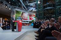29 JAN 2016, BERLIN/GERMANY:<br /> Sigmar Gabriel, SPD, scheidender Parteivorsitzender und Bundesaussenminister, haelt eine Rede, anl. der Vorstellung von Martin Schulz als Kanzlerkandidat der SPD zur Bundestagswahl, nach der Nominierung durch den SPD-Parteivorstand, Willy-Brandt-Haus<br /> IMAGE: 20170129-01-010<br /> KEYWORDS: Applaus, applaudieren, klatschen