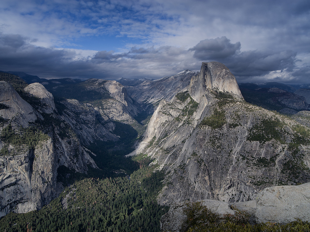 Yosemite, Ca - 2015: Yosemite Valley, 2015. Glacier Point view of Half Dome