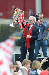 Keith Dawe celebrates with the Sky Bet League One trophy - Photo mandatory by-line: Dougie Allward/JMP - Mobile: 07966 386802 - 04/05/2015 - SPORT - Football - Bristol -  - Bristol City Celebration Tour