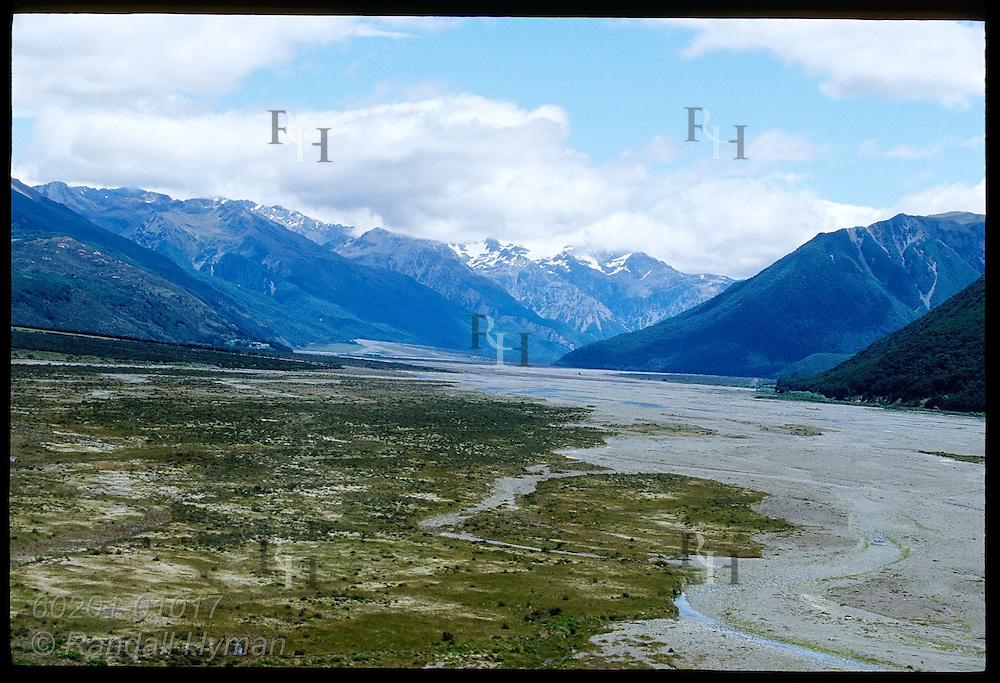 View from State Highway 73 of the Waimakariri River on the eastern slopes of the Southern Alps of New Zealand.