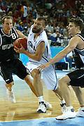 ATENE, 15 AGOSTO 2004<br /> BASKET, OLIMPIADI ATENE 2004<br /> ITALIA - NUOVA ZELANDA<br /> NELLA FOTO: MICHELE MIAN<br /> FOTO CIAMILLO