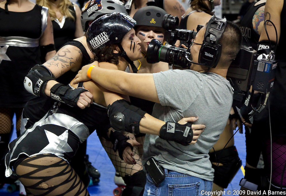 Roller Derby babes going on video