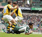 Twickenham, GREAT BRITAIN, Exile Chris HALA'UFIA, get between left, Eoin REDDEN and Right, Joe WORSLEY, to score the opening try, during the Guinness Premiership match,  London Irish vs London Wasps, at Twickenham Stadium, Surrey on Sat 06.09.2008. [Photo, Peter Spurrier/Intersport-images]