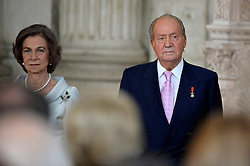 18.06.2014, Royal Palace, Madrid, ESP, Abdankung König Juan Carlos, Unterzeihnung der Abdankungspapiere, im Bild (L-R) Queen Sofia of Spain and King Juan Carlos of Spain // during the official abdication ceremony at the Royal Palace in Madrid, Spain on 2014/06/18. EXPA Pictures © 2014, PhotoCredit: EXPA/ Alterphotos/ Pool<br /> <br /> *****ATTENTION - OUT of ESP, SUI*****