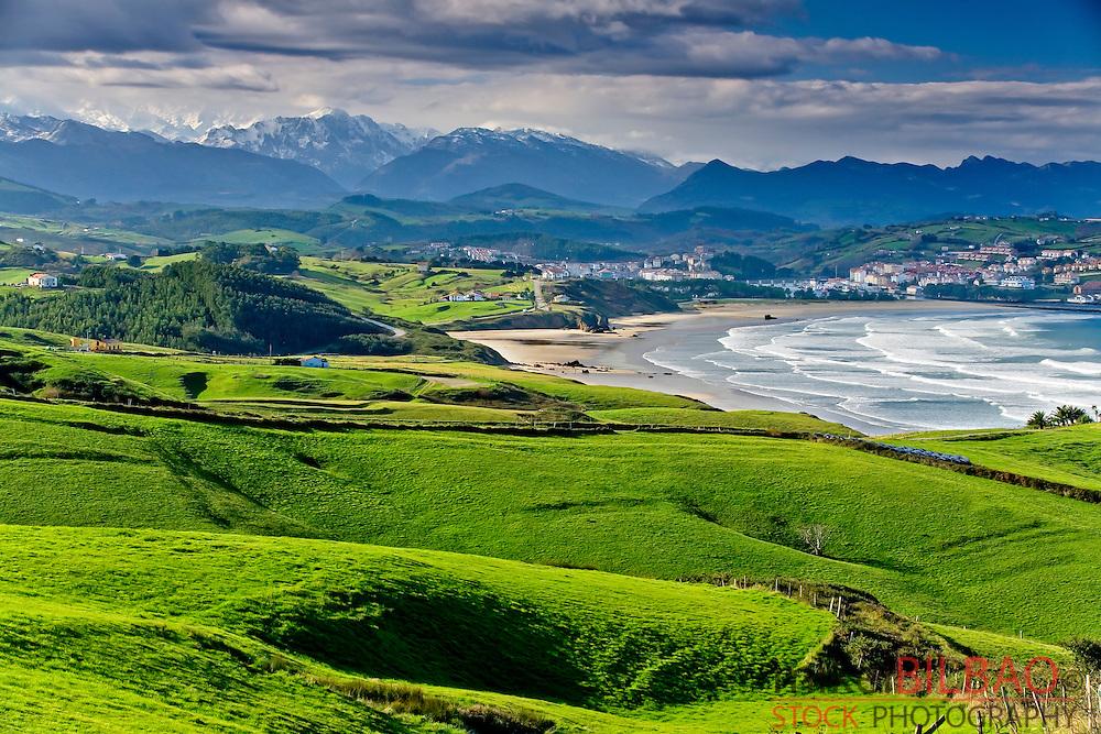 San Vicente de la Barquera village. Cantabria, Spain.