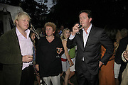 BORIS JOHNSON, ANN SINDALL  AND PIERS MORGAN, Rachel Johnson celebratespublication of ' Notting Hell'. Communal Gardens. Ladbroke Grove. London. 4 September 2006. .ONE TIME USE ONLY - DO NOT ARCHIVE  © Copyright Photograph by Dafydd Jones 66 Stockwell Park Rd. London SW9 0DA Tel 020 7733 0108 www.dafjones.com