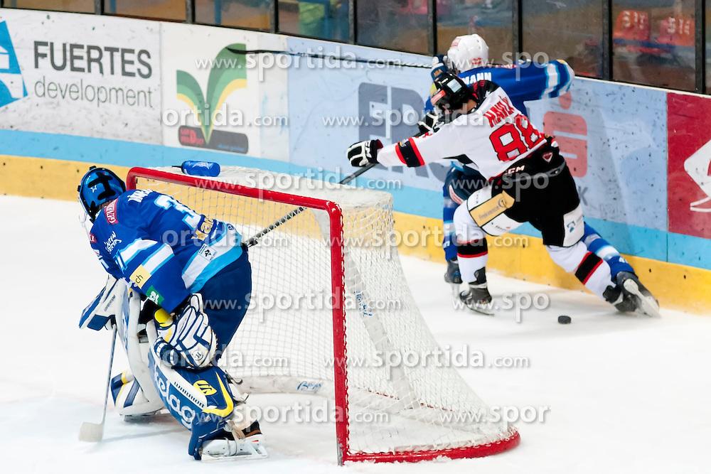 19.10.2012, Hostan Arena, Znojmo, CZE, EBEL, HC Orli Znojmo vs EC Villacher SV, 13. Runde, im Bild Thomas Honeckl (Villacher #31) Mario Altmann (Villacher #41) Adam Havlík (Znojmo #88) // during the Erste Bank Icehockey League 13nd round match betweeen HC Orli Znojmo and EC Villacher SV at the Hostan Arena, Znojmo, Czech Republic on 2012/10/19. EXPA Pictures © 2012, PhotoCredit: EXPA/ Rostislav Pfeffer