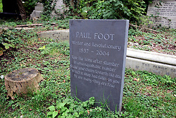 UK ENGLAND LONDON 26SEP05 - Tomstone of writer Paul Foot at Highgate cemetery east, old London burial ground and also location of Karl Marx's grave in north London...jre/Photo by Jiri Rezac..© Jiri Rezac 2005..Contact: +44 (0) 7050 110 417.Mobile:  +44 (0) 7801 337 683.Office:  +44 (0) 20 8968 9635..Email:   jiri@jirirezac.com.Web:     www.jirirezac.com..© All images Jiri Rezac 2005 - All rights reserved.