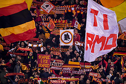 12.02.2019, Stadio Olimpico, Rom, ITA, UEFA CL, AS Roma vs FC Porto, Achtelfinale, Hinspiel, im Bild tifosi AS Roma // AS Roma fans during the UEFA Champions League round of 16, 1st leg match between AS Roma and FC Porto at the Stadio Olimpico in Rom, Italy on 2019/02/12. EXPA Pictures © 2019, PhotoCredit: EXPA/ laPresse/ Fabio Rossi/AS Roma<br /> LaP<br /> <br /> *****ATTENTION - for AUT, SUI, CRO, SLO only*****