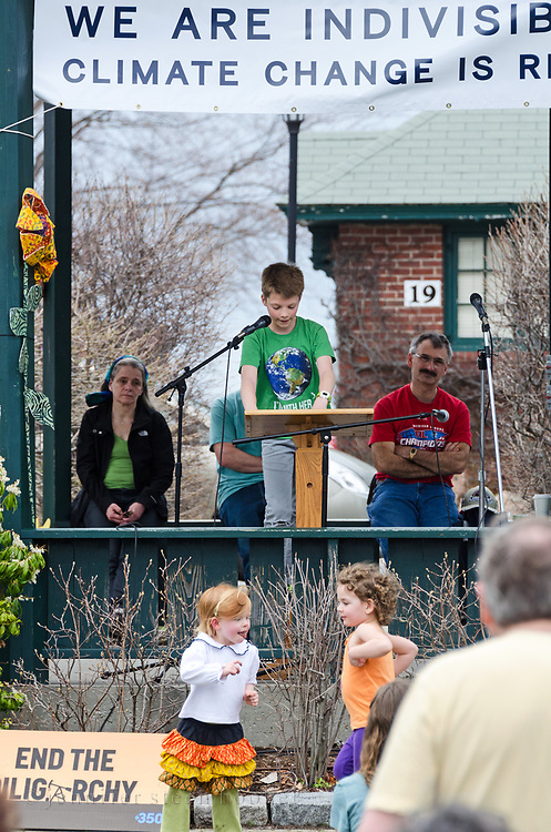 Bar Harbor, USA. 29 April, 2017. Liam McKernan addresses the crowd at the Downeast Climate March.
