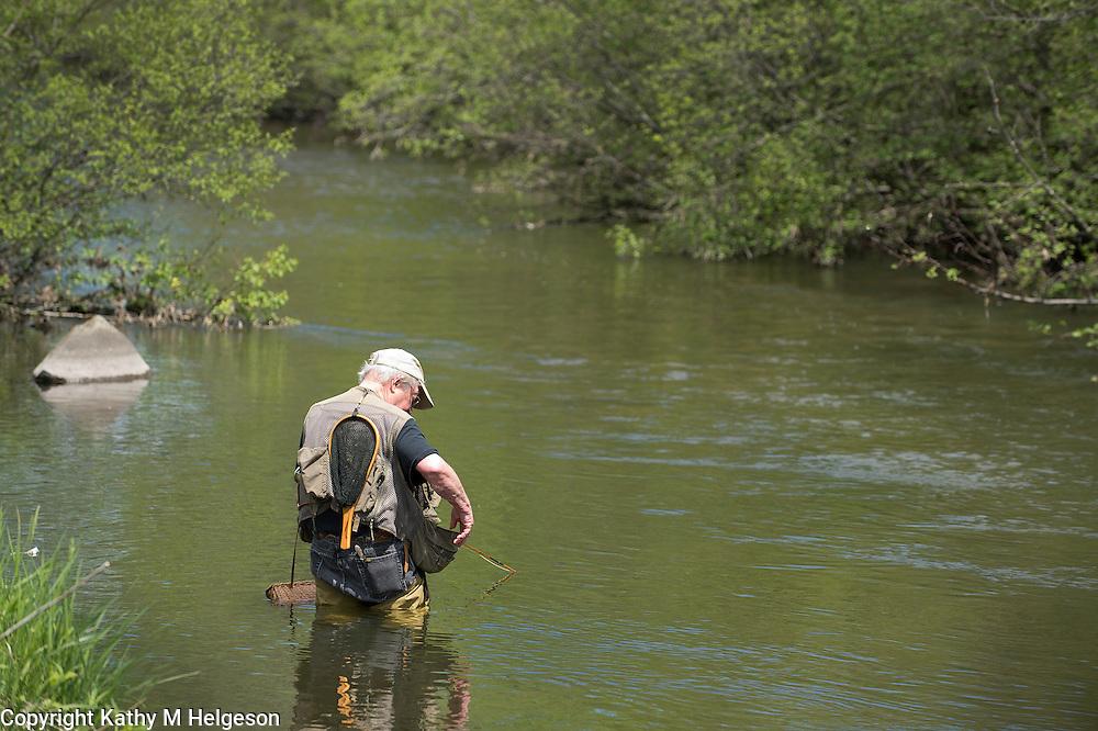 Ken Olson, Kinnickinnic River, River Falls May 2013