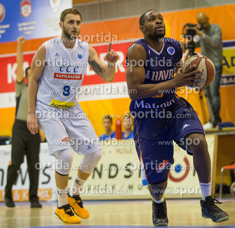 18.11.2015, Walfersamhalle, Kapfenberg, AUT, FIBA Europe Cup, ece Bulls Kapfenberg vs Le Havre, im Bild Mirza Ahmetbasic (Bulls Kapfenberg), Malela Mutuale (Le Havre) // during the FIBA Europe Cup, between ece Bulls Kapfenberg and Le Havre at the Sportscenter Walfersam, Kapfenberg, Austria on 2015/11/18, EXPA Pictures © 2015, PhotoCredit: EXPA/ Dominik Angerer