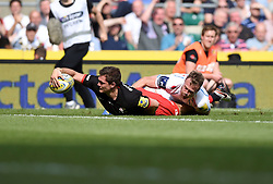 Saracens full back Alex Goode scores a late try to seal victory  - Mandatory by-line: Joe Meredith/JMP - 28/05/2016 - RUGBY - Twickenham - London, England - Saracens v Exeter Chiefs - Aviva Premiership Final