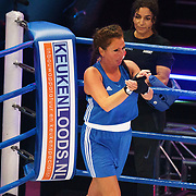 NLD/Amsterdam/20181107 - Opname Boxingstars 2018, 2e aflevering, opgave door Michaella Kox