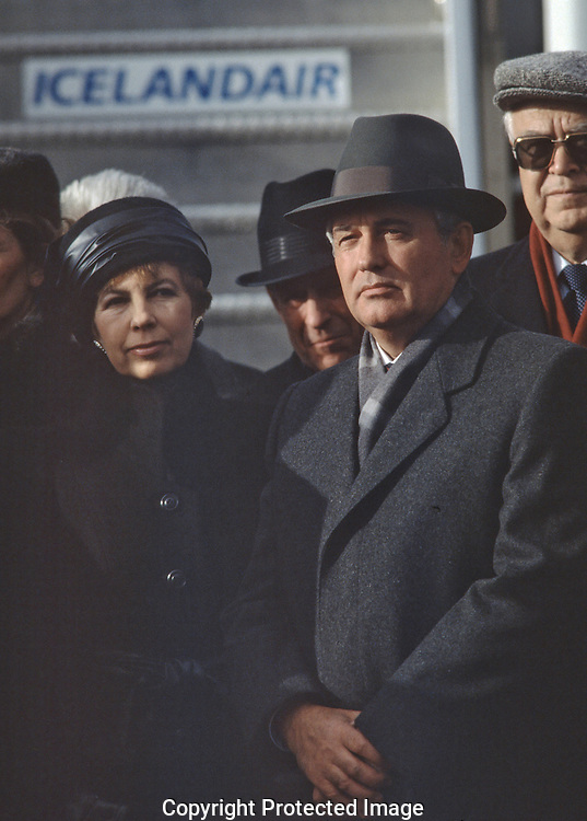 Mikhail and Raisa Gorbachev arrive at the summit between President Reagan and Soviet leader Mikhail Gorbachev in Reykjavik, Iceland on October 12, 1986..Photo by Dennis Brack BSB 18