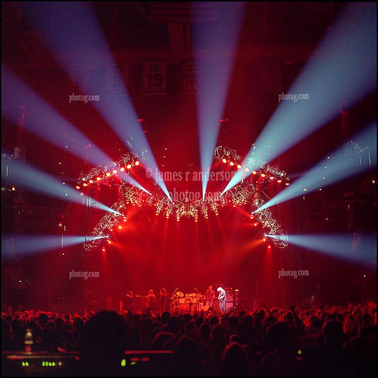 """Concert Lighting """"Look"""" of The Jerry Garcia Band Live at the Hartford Civic Center on 1993-11-08"""