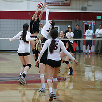 (Photograph by Bill Gerth for SVCN) Westmont #7 Melanie Broback defends the net vs Piedmont Hills in a BVAL Girls Volleyball Game at Westmont High School, Campbell CA on 9/29/16.  (Piedmont Hills wins 3-0, 25-13, 25-14, 25-20)