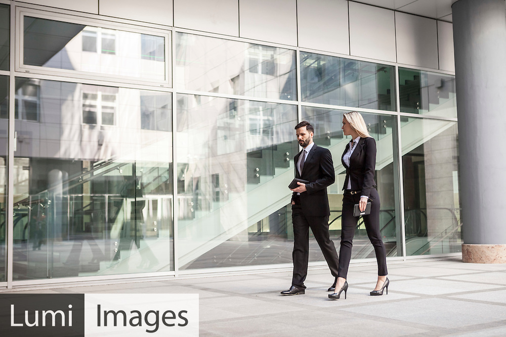 Business, Men, Women, Walking, Office Building, Togetherness,