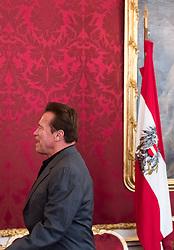 25.03.2017, Präsidentschaftskanzlei, Wien, AUT, Kaliforniens Ex-Gouverneur und Schauspieler Schwarzenegger bei Bundespräsident Van der Bellen zu einem Treffen, im Bild Arnold Schwarzenegger // during meeting between former governor of California Schwarzenegger and federal president of Austria at Federal Presidents Office in Vienna, Austria on 2017/03/25, EXPA Pictures © 2017, PhotoCredit: EXPA/ Michael Gruber