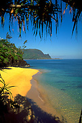 Hideaway Beach, Princeville, Hanalei Bay, Kauai, Hawaii, USA<br />