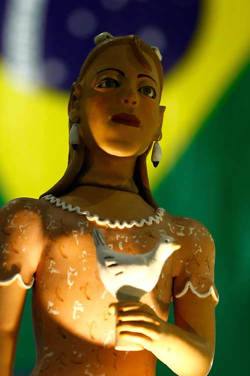 Belo Horizonte_MG, Brasil.<br /> <br /> Bonecas de barro na 17 feira Nacional de Artesanato, no Centro de Convencoes Expominas em Belo Horizonte, Minas Gerais.<br /> <br /> Clay dolls in the 17th National Craft Fair in Expominas Convention Centre in Belo Horizonte, Minas Gerais.<br /> <br /> Foto: MARCUS DESIMONI / NITRO
