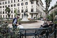 Roma, Lazio, Italia, 30/05/2016<br /> Il giardino di Piazza Cairoli, nel centro storico di Roma.<br /> <br /> Rome, Lazio, Italy, 30/05/2016<br /> The garden in Cairoli square, in Rome historical city center.