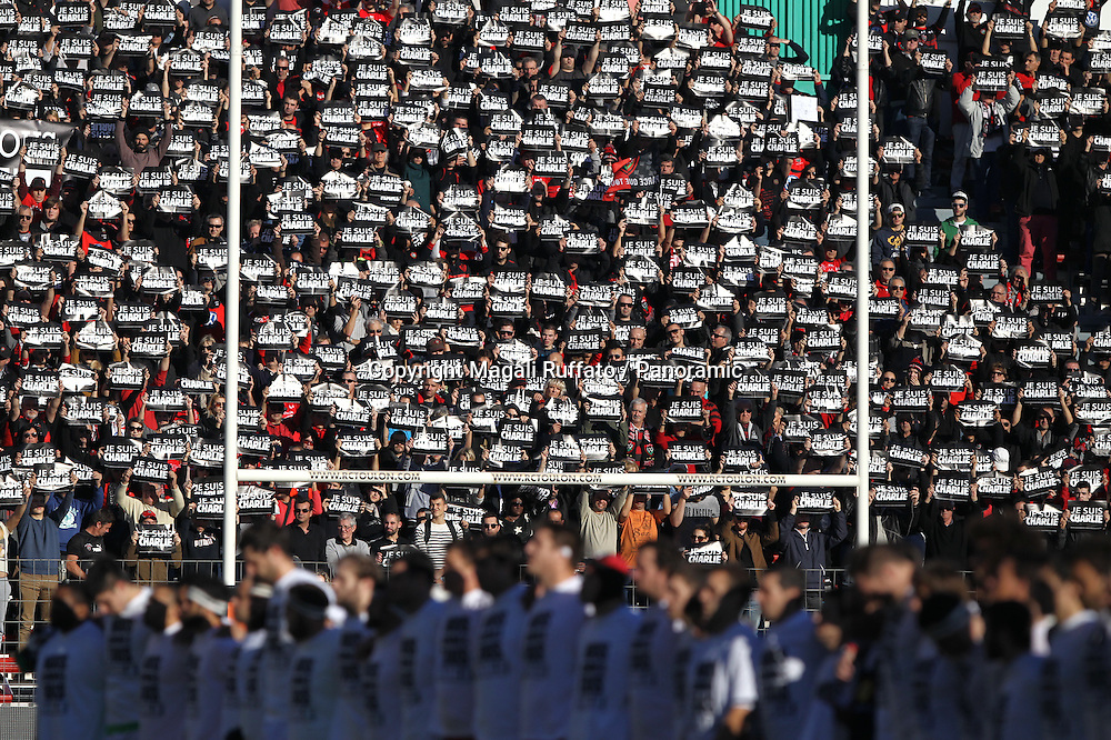 Fans in support of Charlie Hebdo after recent attack. Top 14 Rugby, Toulon v Racing Metro, 10 January 2015.