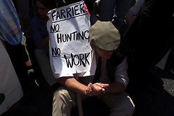 Pro fox hunting protest, Parliament Square, Westminster, June 12, 2000. Photo by Andrew Parsons / i-images..