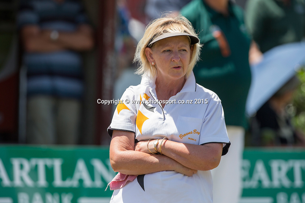 Browns Bay`s Elaine McClintock watches on as she trails Victoria`s Leigh Griffin in the Women`s singles final at the National Open Bowls Championship 2014, Browns Bay Auckland, New Zealand, Sunday, January 04, 2015. Photo: David Rowland/www.photosport.co.nz