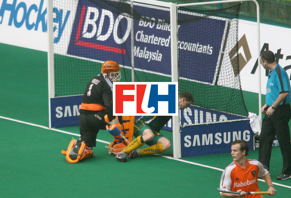 Kuala Lumpur : Travis Brooks of Australia missses an opportunity to score against Netherlands in the Samsung Hockey Men Champions Trophy at the National Stadium, Bukit Jalil on 06 Dec 2007. Australia drew with Netherlands.<br /> This is the 500th match in the History of Champion Trophy.<br /> Photo:GNN/Vino John