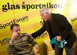 """Miha Zibrat in Dr. Mik Pavlovic na okrogli mizi na temo """"Slovenska kosarka - le kos do svetovnega vrha?"""" v organizaciji SportForum Slovenija, 19. oktober 2009, Austria Trend Hotel, Ljubljana, Slovenija. (Photo by Vid Ponikvar / Sportida)"""