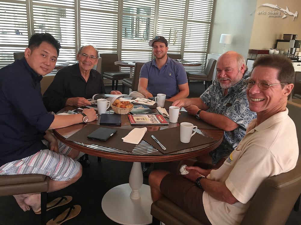 Morning underwater photography meeting: John Thet, Ernie Brooks, Keri Wilk, Bret Gilliam, Mark Strickland