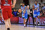 DESCRIZIONE : Campionato 2014/15 Dinamo Banco di Sardegna Sassari - Olimpia EA7 Emporio Armani Milano Playoff Semifinale Gara6<br /> GIOCATORE : Edgar Sosa<br /> CATEGORIA : Palleggio Schema Mani<br /> SQUADRA : Dinamo Banco di Sardegna Sassari<br /> EVENTO : LegaBasket Serie A Beko 2014/2015 Playoff Semifinale Gara6<br /> GARA : Dinamo Banco di Sardegna Sassari - Olimpia EA7 Emporio Armani Milano Gara6<br /> DATA : 08/06/2015<br /> SPORT : Pallacanestro <br /> AUTORE : Agenzia Ciamillo-Castoria/L.Canu