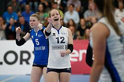 20180425 NED: Eredivisie Sliedrecht Sport - Coolen Alterno, Sliedrecht <br />(L-R) Florien Reesink (5) of Sliedrecht Sport, Lisa Vossen (12) of Sliedrecht Sport <br />©2018-FotoHoogendoorn.nl / Pim Waslander