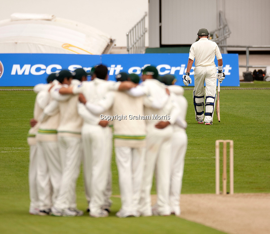 Michael Hussey walks off as he's out lbw in the second MCC Spirit of Cricket Test Match between Pakistan and Australia at Headingley, Leeds.  Photo: Graham Morris (Tel: +44(0)20 8969 4192 Email: sales@cricketpix.com) 21/07/10