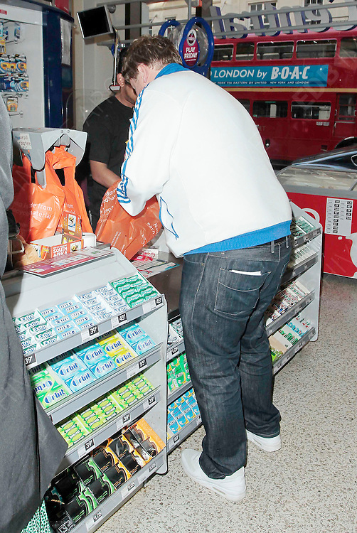 08.JUNE.2010 - LONDON<br /> <br /> JAMES CORDEN IN SAINSBURY'S IN MAYFAIR BUYING SOME CIGARETTES AND MUNCHIES. <br /> <br /> BYLINE MUST READ: EDBIMAGEARCHIVE.COM<br /> <br /> *THIS IMAGE IS STRICTLY FOR UK NEWSPAPERS AND MAGAZINES ONLY*<br /> *FOR WORLDWIDE SALES AND WEB USE PLEASE CONTACT EDBIMAGEARCHIVE - 0208 954 5968*