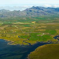 Vogatungu, Leir· sÈ? til nor?urs, Skar?shei?i mountains, Leir·r- og Melahreppur /.Vogatungu, river Leira viewing north, Skardsheidi, Leirar- and Melahreppur.