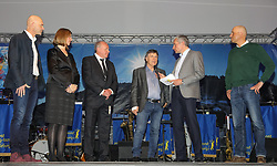 22.01.2018, Planai, Schladming, AUT, FIS Weltcup Ski Alpin, Slalom, Herren, Charity Night, im Bild v. l. Jürgen Winter, Bürgermeister von Schladming, Barbara Eibinger-Miedl, Landesrätin in der Steiermark, Hans Grogl, Mister Nightrace, Peter Schröcksnadel, ÖSV-Präsident, Moderator Rainer Pariasek, Markus Waldner, FIS // during the Charity Night prior to the Schladming FIS Ski Alpine World Cup 2018 at the Planai in Schladming, Austria on 2018/01/22. EXPA Pictures © 2018, PhotoCredit: EXPA/ Martin Huber