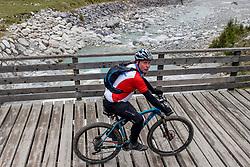 13-09-2017 FRA: BvdGF Tour du Mont Blanc day 4, Trient<br /> Van Chamonix naar Trient / Marc