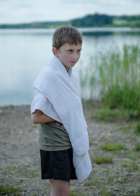 - The best part of the camp is to swim in the lake. When I came here I knew no one, and now i know everyone. It's good here, but I miss my family sometimes, says Konstantin, or Kostja as his friends call him.