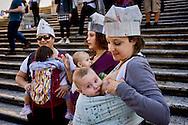 Rome 3 Ottobre 2015<br /> Settimana mondiale per l'allattamento, le mamme di Roma si riunirscono sulla scalinata di Trinità dei Monti, per aderire all'iniziativa del Movimento Allattamento Materno Italiano, con l'obiettivo di promuovere i benefici dell'allattamento al seno.<br /> Rome October 3, 2015<br /> World Week for breastfeeding, mothers of Rome riunirscono on the stairway of Trinita dei Monti, to join the initiative of the Italian Breastfeeding Movement, with the objective to promote the benefits of breastfeeding.