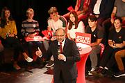 Mannheim. 19.09.17 | SPD-Kanzlerkandidat Martin Schulz im Capitol Mannheim.<br /> Im Wahlkampf zur Bundestagswahl unterstützt Kanzlerkandidat Martin Schulz Mannheims SPD Bundestagsabgeordneter Stefan Rebmann.<br /> <br /> <br /> BILD- ID 2373 |<br /> Bild: Markus Prosswitz 19SEP17 / masterpress (Bild ist honorarpflichtig - No Model Release!)