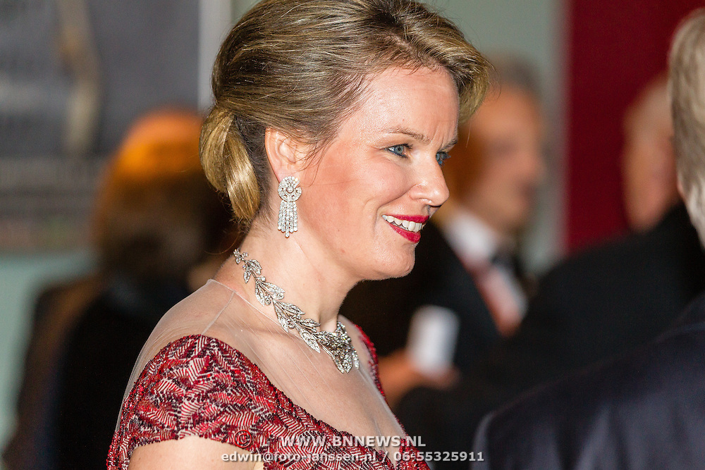 NLD/Amsterdam/20161129 - Staatsbezoek dag 2, contraprestatie Belgische koningspaar, Koningin Mathilde