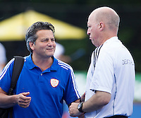 UTRECHT - Bondscoach Paul van Ass  van Oranje met de Duitse coach Markus Weise ,zaterdag tijdens de  hockey interland tussen de mannen van Nederland en Duitsland (4-2). COPYRIGHT KOEN SUYK