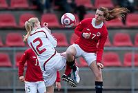 Fotball<br /> 24. Mars 2011 <br /> Treningskamp J 17<br /> Stemmemyren , Bergen<br /> Norge - Danmark 2 - 1<br /> Maja Kildemoes (L) , Danmark<br /> Andrea Thun (R) , Sarpsborg og Norge<br /> Foto: Astrid M. Nordhaug