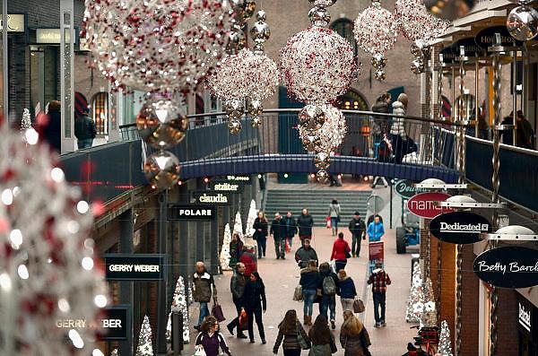 Nederland, Nijmegen, 22-11-2013Winkelstraat, Marikenstraat, in Nijmegen. Onderdeel van vernieuwde Marienburg.Winkelen, architectuurFoto: Flip Franssen/Hollandse Hoogte