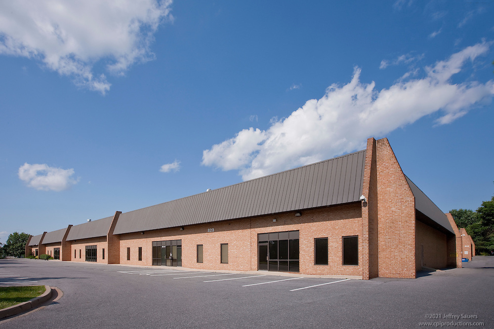 Exterior images of 823-825 Hammonds Ferry Rd. in Baltimore, MD for Merritt Properties