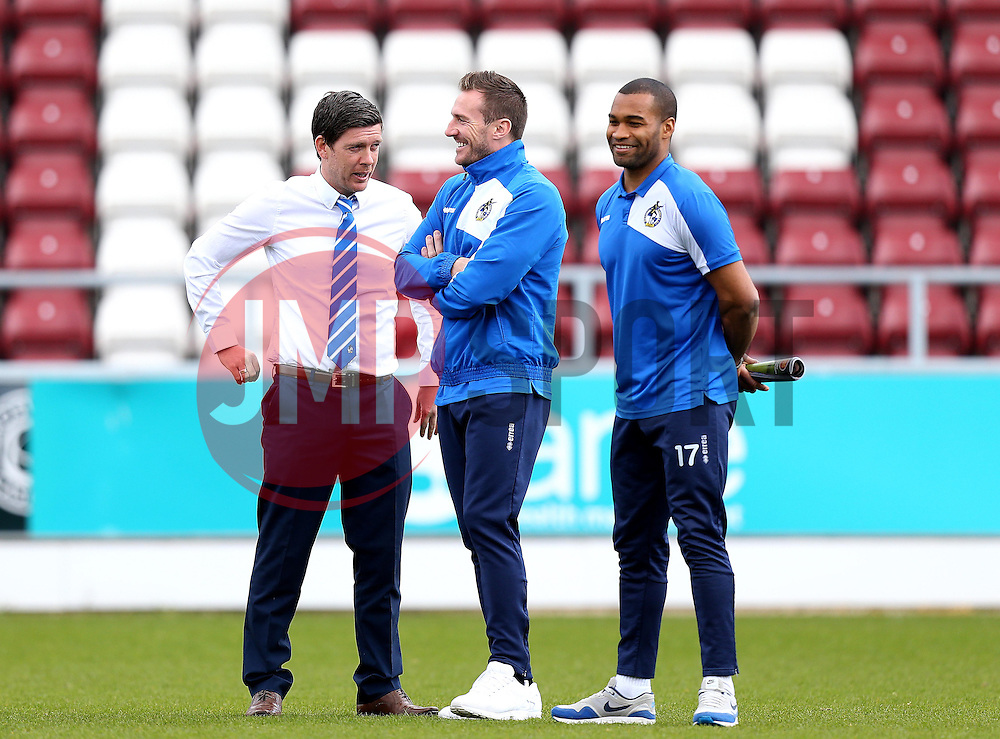 Bristol Rovers Manager Darrell Clarke chats with Liam Lawrence and Jermaine Easter - Mandatory by-line: Robbie Stephenson/JMP - 09/04/2016 - FOOTBALL - Sixfields Stadium - Northampton, England - Northampton Town v Bristol Rovers - Sky Bet League Two