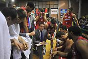 DESCRIZIONE : Casale Monferrato Lega A 2011-12 Novipiu Casale Monferrato Sidigas Avellino <br /> GIOCATORE : Andrea Valentini<br /> SQUADRA : Novipiu Casale Monferrato<br /> EVENTO : Campionato Lega A 2011-2012 <br /> GARA : Novipiu Casale Monferrato Sidigas Avellino <br /> DATA : 07/03/2012<br /> CATEGORIA : Time Out<br /> SPORT : Pallacanestro <br /> AUTORE : Agenzia Ciamillo-Castoria/ L.Goria<br /> Galleria : Lega Basket A 2011-2012 <br /> Fotonotizia : Biella Lega A 2011-12  Novipiu Casale Monferrato Sidigas Avellino <br /> Predefinita